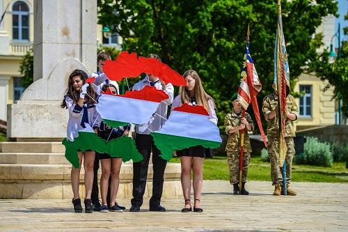 A magyarság példa nélküli egységét ünnepeljük